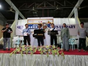 180512ミャンマー楽器の図書館 寄贈式 鈴木国際奉仕